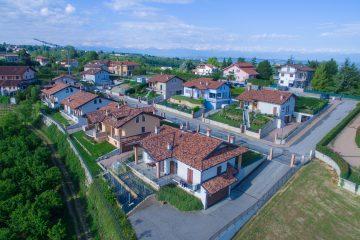 vista aerea villaggio Loreto - La Morra