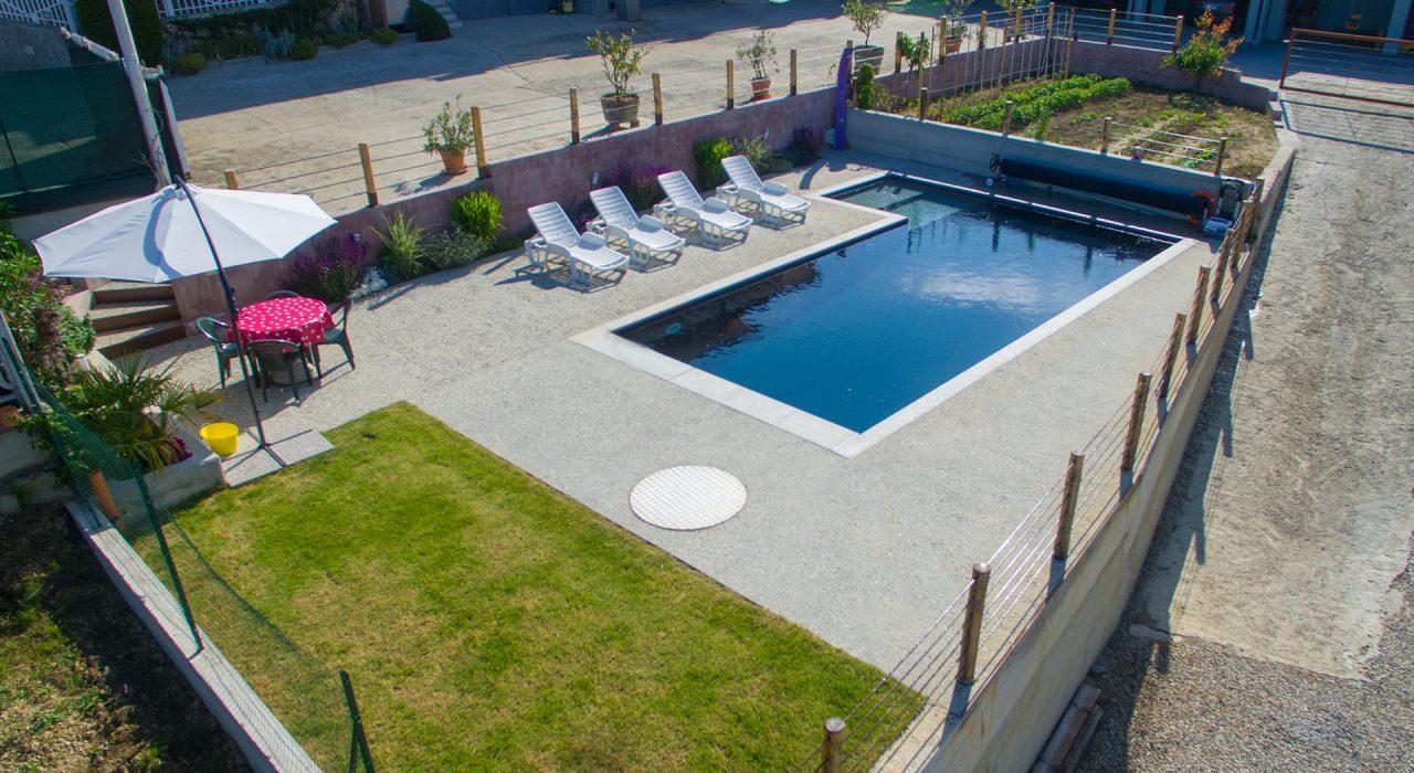 piscina privata - La Morra