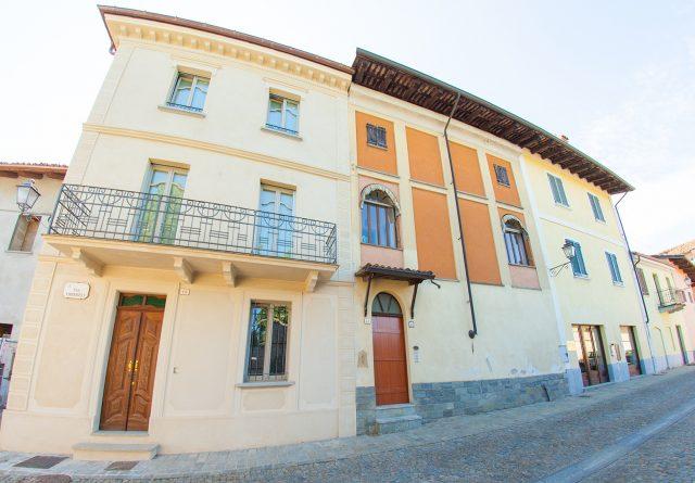 facciata palazzo storico - comune di verduno