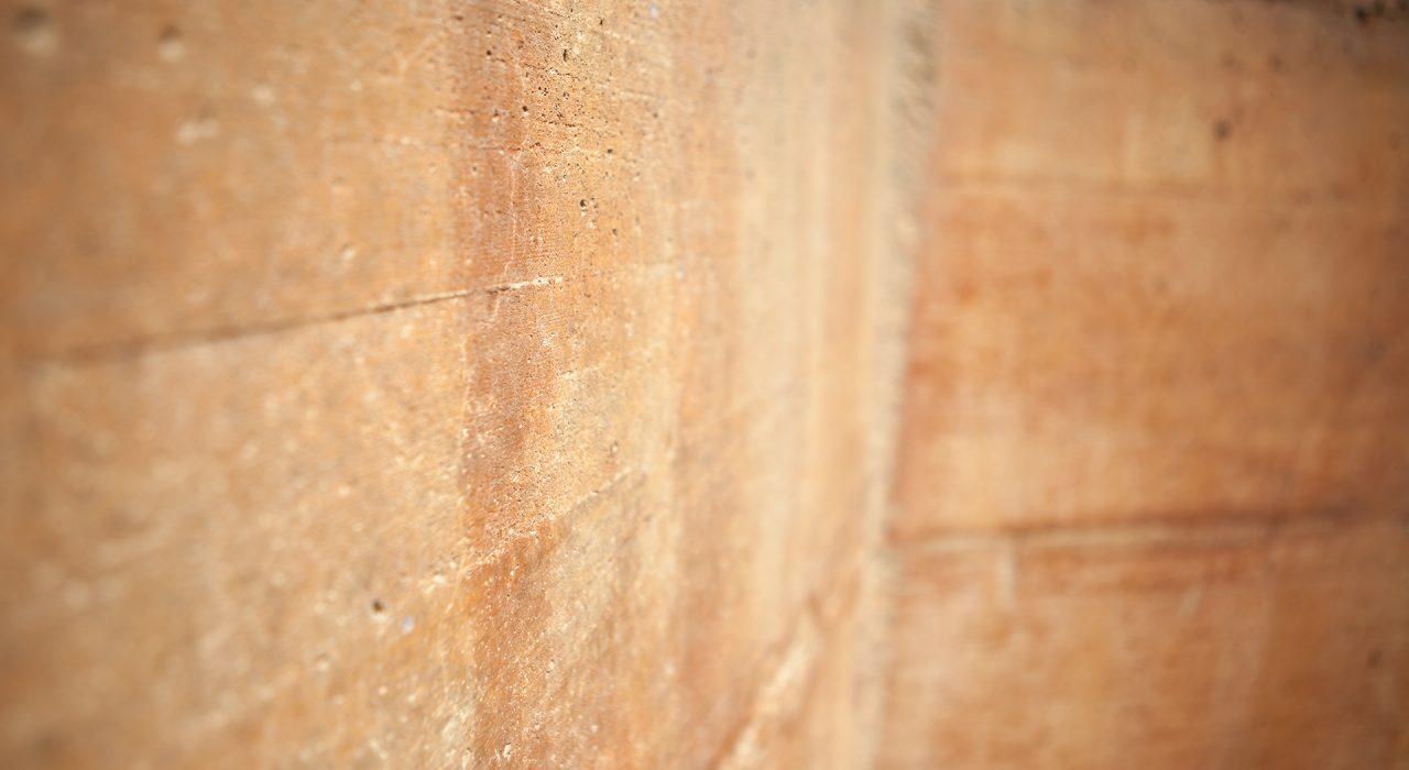 dettaglio muro esterno in cemento