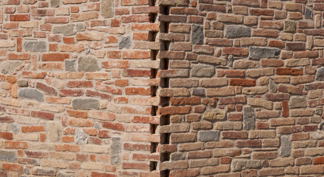 dettaglio parete mattoni